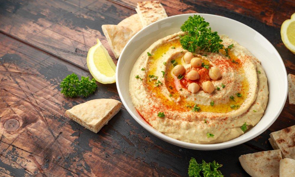 5 aperitivos fáciles con hummus casero | Galletas Gullón