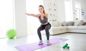 Ejercicios para fortalecer las piernas   Galletas Gullón